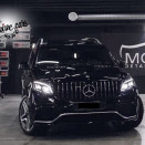rent_mercedes_gls_black_1