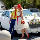 rent_chrysler-300c-white-02