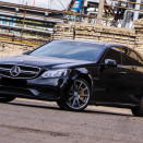 rent_mercedes_e_212_AMG_black_1-3