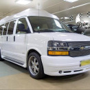 rent_chevrolet_express_white_5
