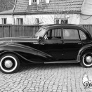 rent_retro_auto_BMW_340_black_7
