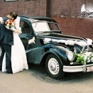 rent_retro_auto_BMW_340_for_wedding_13