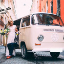 rent_retro_auto_VW_T2_white_for_wedding_2